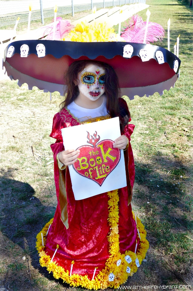 diy la muerte halloween costume - at the fire hydrant