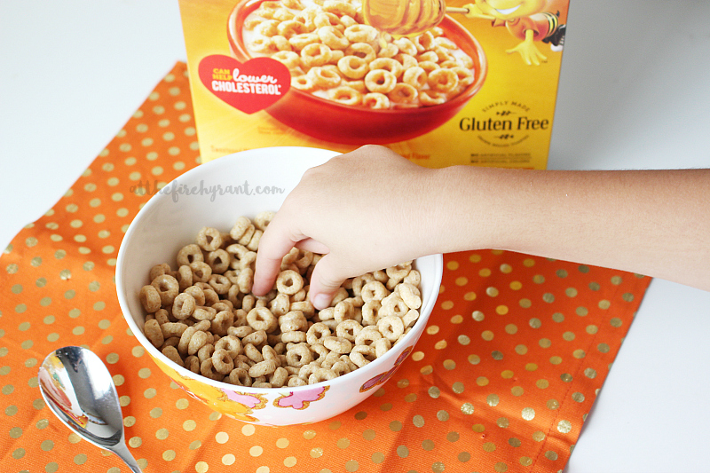 cheerios-cerealconcarin%cc%83o-at-the-fire-hydrant-2